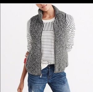 ABERCROMBIE & FITCH TOASTY QUILTED VEST